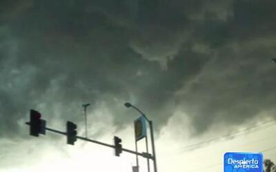 El sur del país es golpeado por fuertes tormentas y tornados