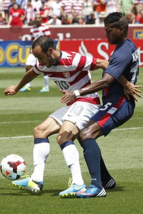 Donovan no permitía que el balón cambiara de dueño sin intentar resolver...