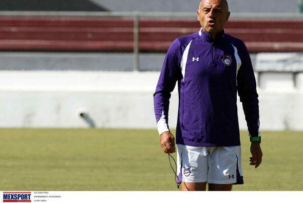El técnico José Luis Sánchez, alias el Chelis,  pediría un cambio de col...