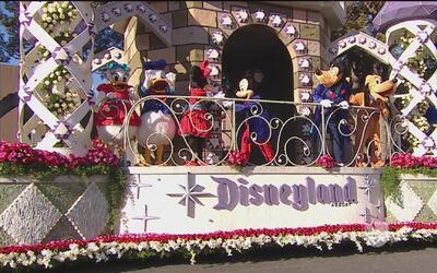Disneyland en el 'Desfile de las Rosas'