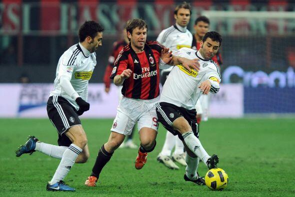 Con esto, Napoli se puso a un solo punto del Milan, que más tarde...