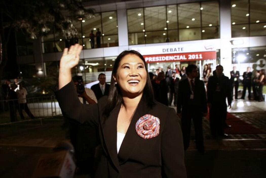La hija del ex presidente Alberto Fujimori se graduó con el título en Ad...