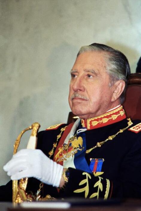 AUGUSTO PINOCHET.- Fue un militar chileno, dictador de ese país entre lo...