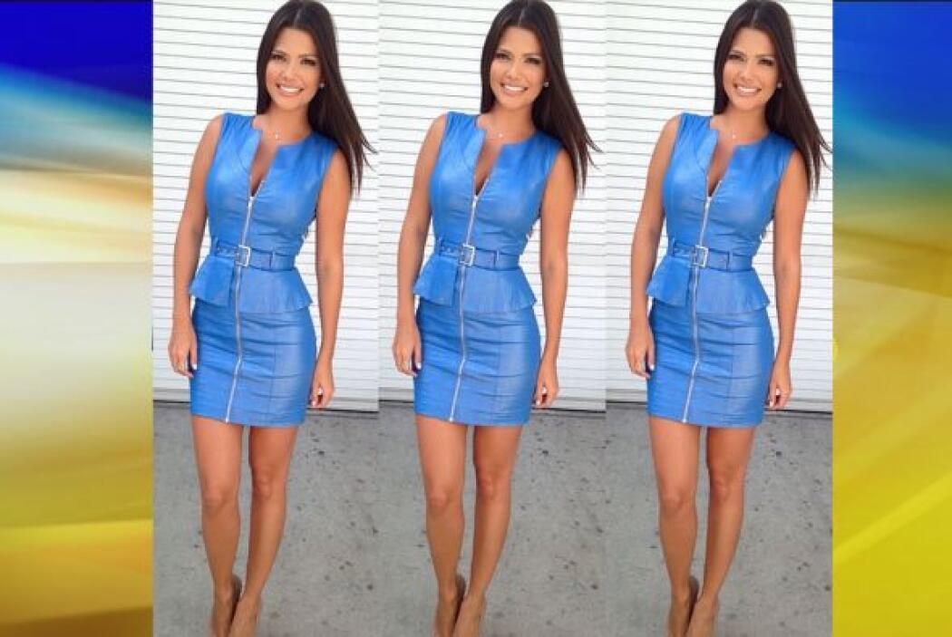 Agosto 25, 2014: ¡Wow! ¡Qué tal un vestido con cierre al frente y cintur...