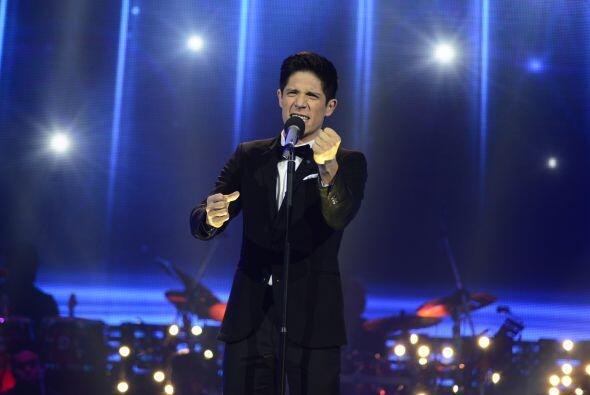 """Fernando cantó """"Desesperado"""" de José José."""