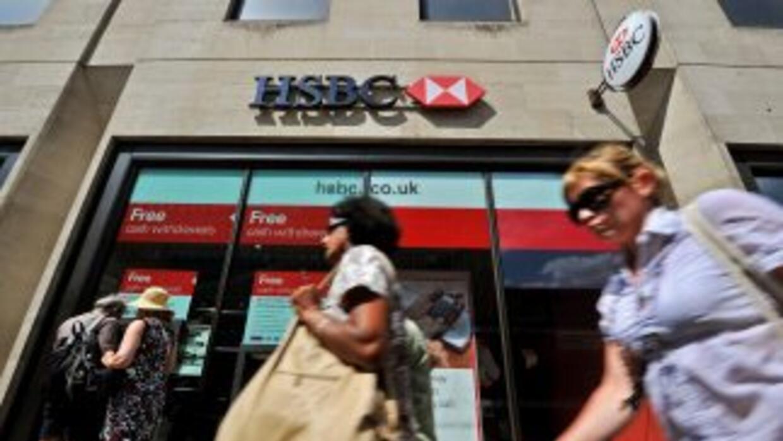 El banco británico HSBC realiza movimientos estructurales para completar...