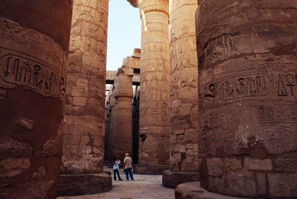 Dicho sitio emplea a 120 egipcios para trabajar en la restauració...