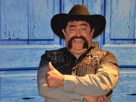 Guadalupe Hernández es un hombre carismático y muy diverti...