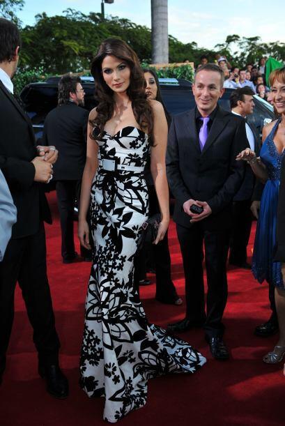16. Cynthia Olavarria- Me encanta cuando una celebridad se arriesga con...