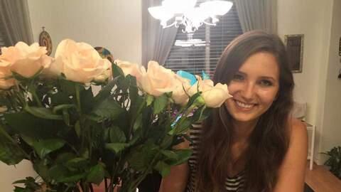 Jennifer Stevens, de 22 años, fue herida en el ataque en San Bernardino