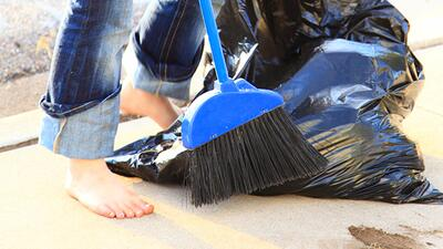 images_article-images_pay-kids-for-household-chores-just-not-with-money_...