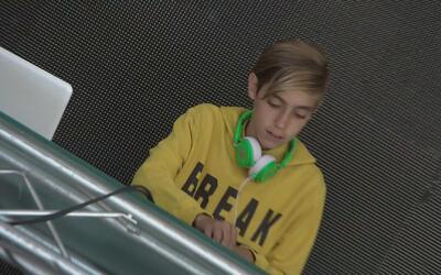 Niño DJ: Ícono precoz de la música electrónica