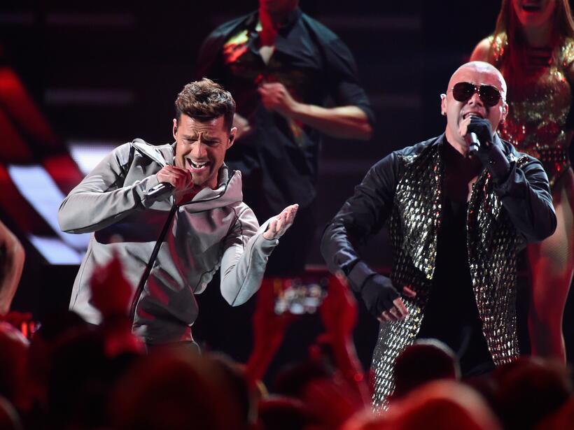 Ricky Martin con Wisin nos pusieron a todos a bailar con el tema 'Que se...