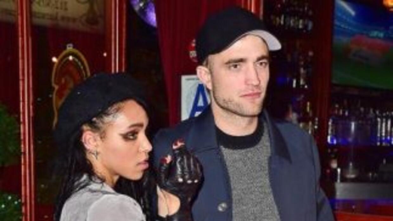 Después de que el actor Robert Pattinson y su actual pareja, la cantante...