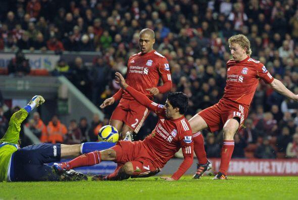 Sin embargo, los 'Reds' insistieron al frente y con un autogol de Liam B...