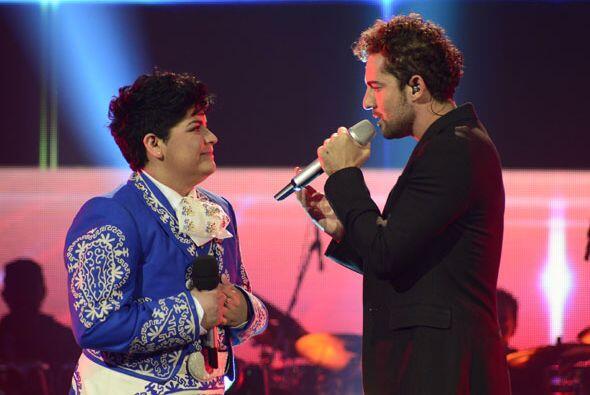 Bisbal y la finalista de Va Por Ti compartieron un gran momento en el es...