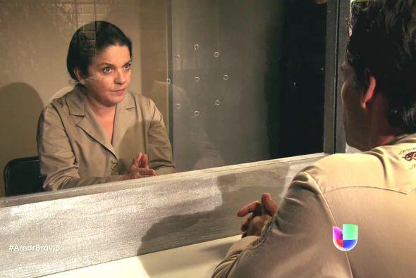 Rosario mandó a llamar a Daniel para decirle que Alonso le dijo que habí...