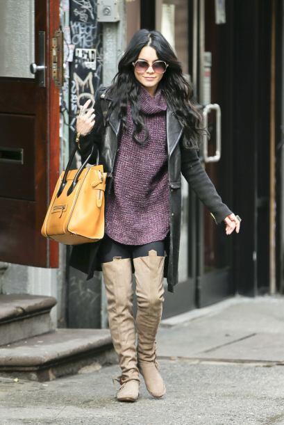 Selena Gomez no le atino en esta ocasión, las prendas y la combin...