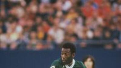 Pelé en su época de jugador del New York Cosmos.