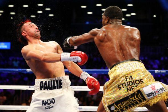 En toda su carrera, Broner nunca había peleado más de 10 rounds.