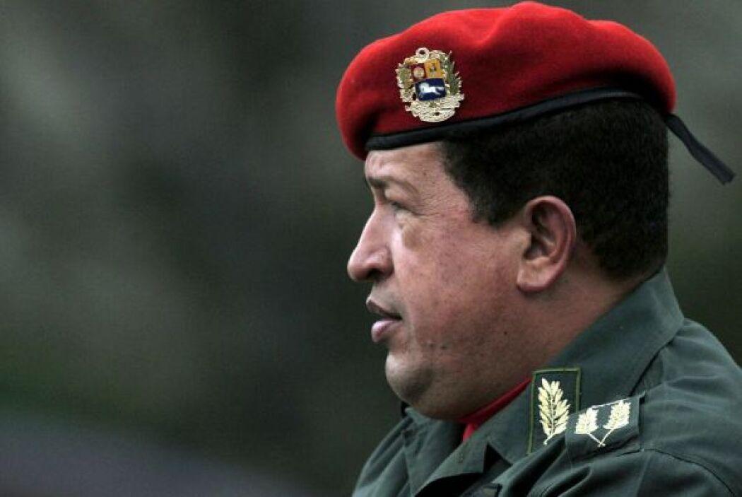 26 de enero 2013 Chávez superó la infección respiratoria aunque aún sufr...