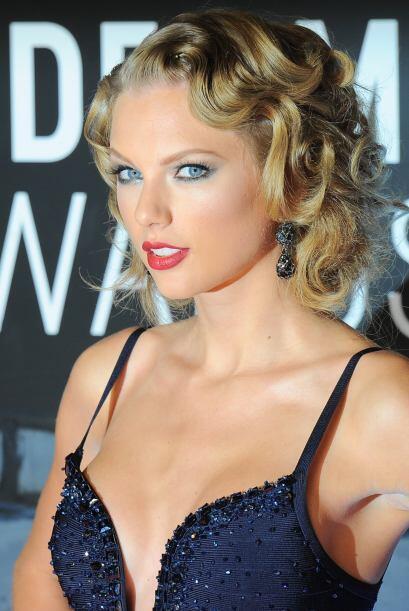 El 'pin up' de Taylor Swift es de los estilos más 'classy' cuando...
