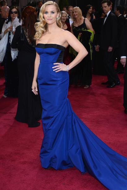 El azul fue uno de los colores que predominó en esta red carpet....