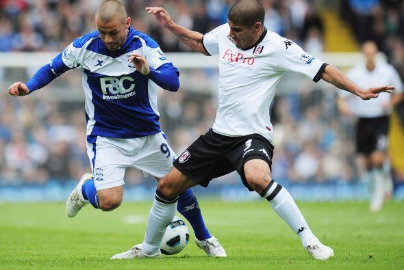 El zaguero salió del PSV en 2010 para firmar por tres años...