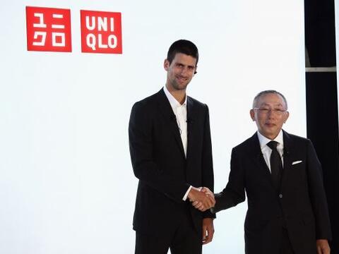 El tenista número uno del mundo vestirá nueva marca de ropa.