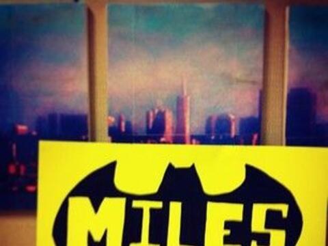 Las muestras de apoyo para Miles se vieron a todo lo largo de San Franci...