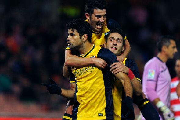 El 'nuevo español' Diego Costa cobraba perfectamente un penalti.