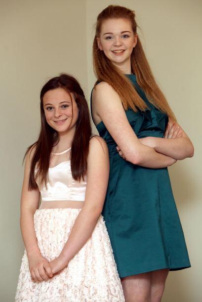 Harriotte Lane mide 1 metro con 83 centímetros y tiene 13 años de edad.