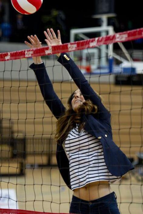 Kate Middleton asistió a al SportsAid Athlete Workshop, donde terminó ju...