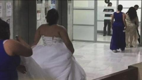 ¿Qué hace una mujer vestida de novia en un juicio?