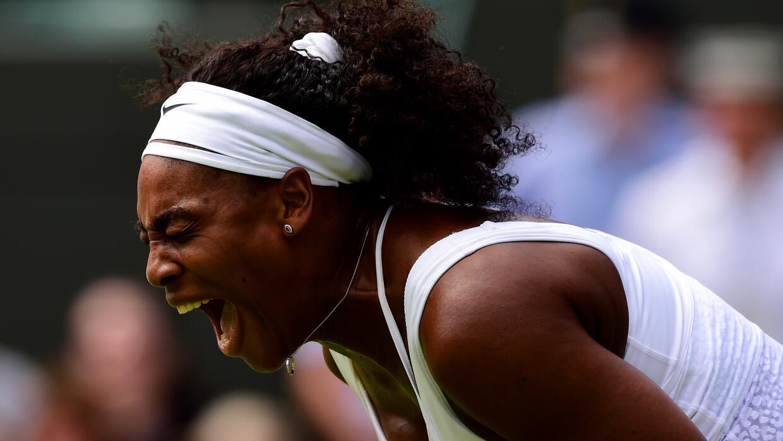 Serena Williams se vio en desventaja temprano en la jornada inaugural de...