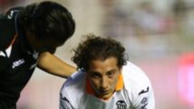 El mexicano se estaría perdiendo el arranque de la Liga española.