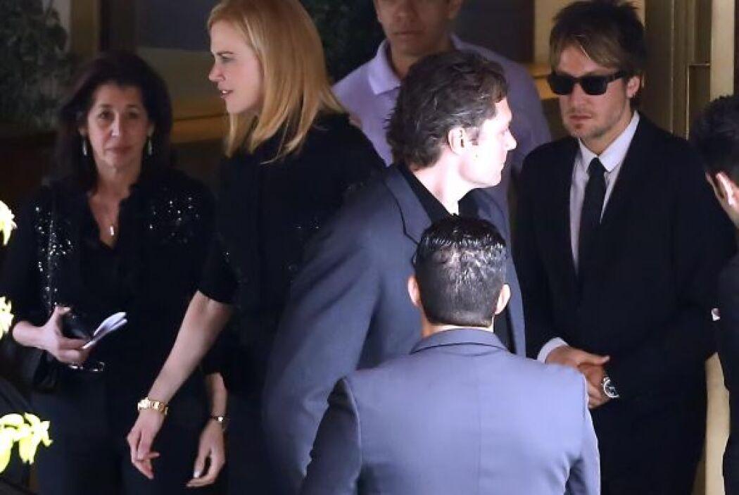 La actriz asistió junto a su pareja, el músico Keith Urban.  Aquí los vi...