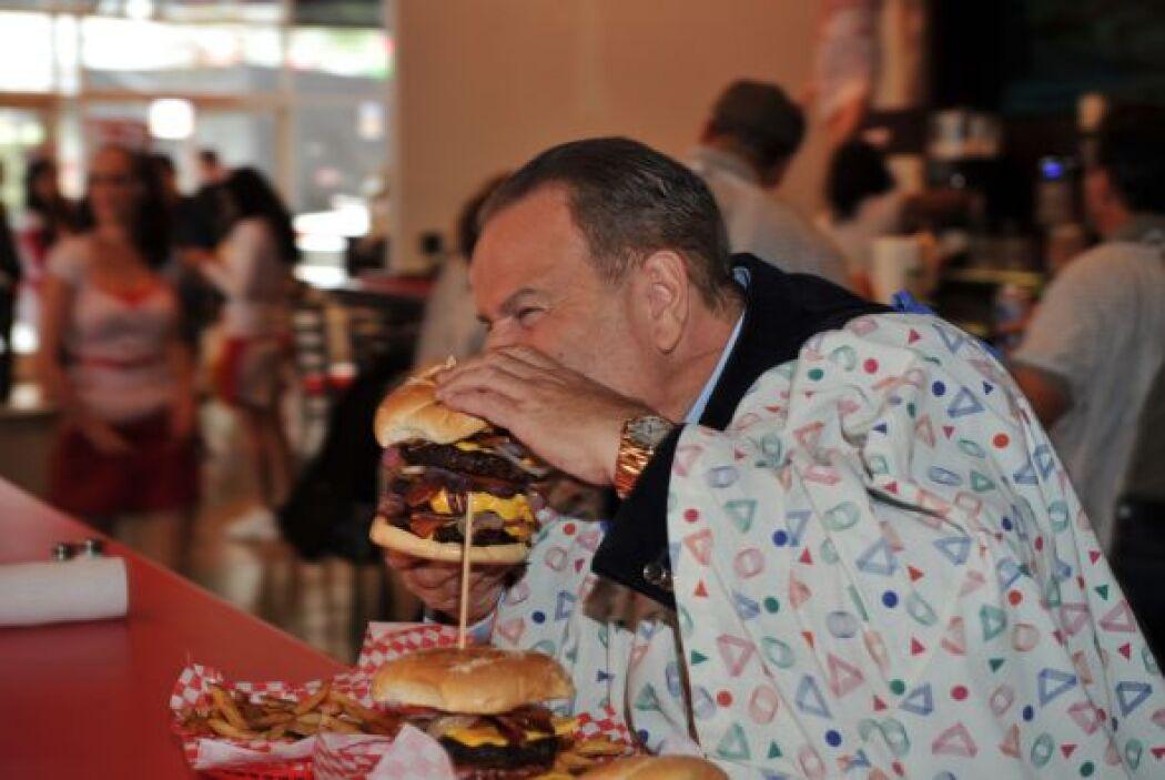 En Las Vegas -y bajo su propio riesgo- probó las famosas hamburguesas de...