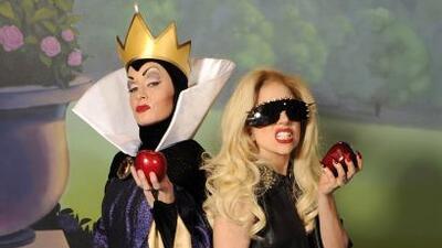 La cantante estuvo de visita en Magic Kingdom y su mejor amiga fue Reina...