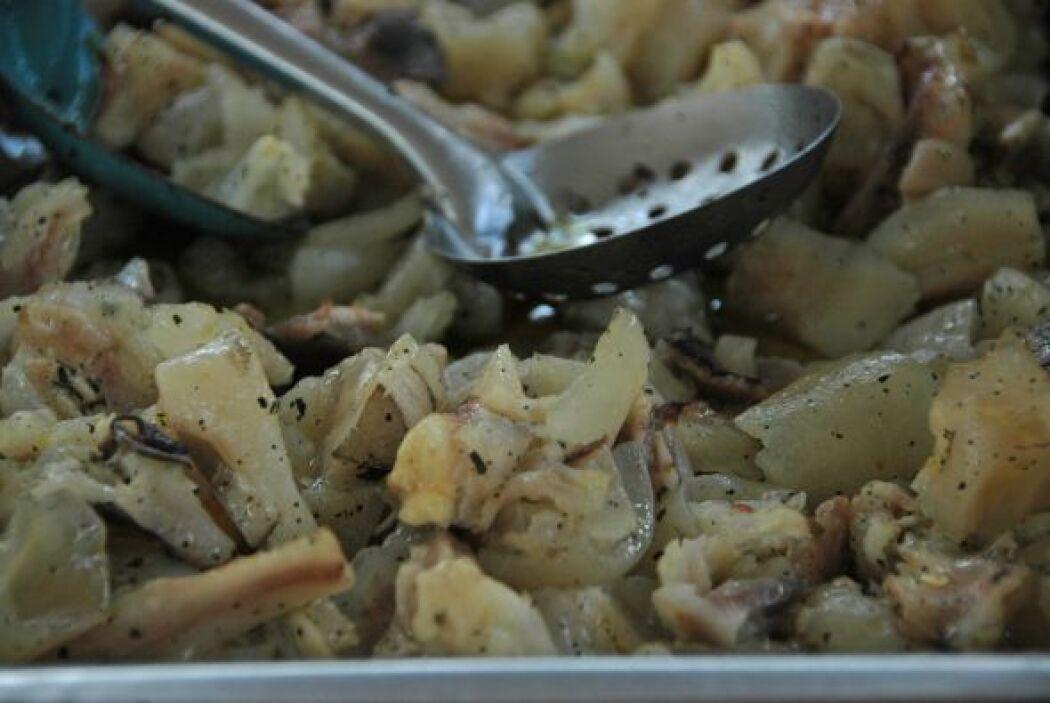 Pata, tinga, sesos y otros guisos ideales para prepararte unas tostadas.