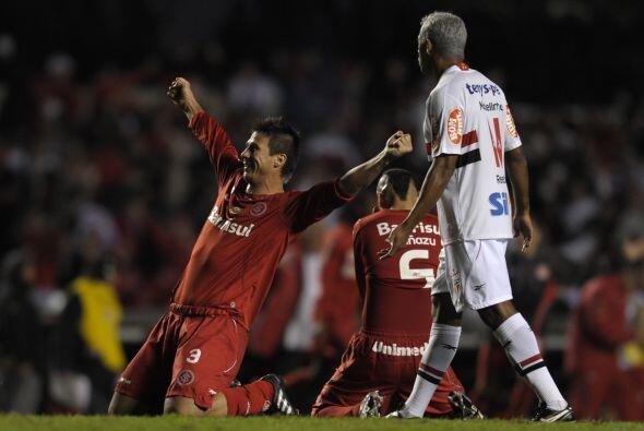 En un encuentro muy disputado entre equipos brasileños, Inter pasó a la...