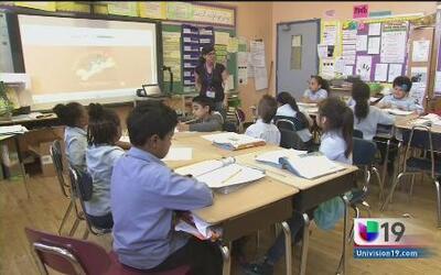 Combaten ausentismo crónico en aulas