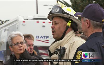 Identifican a 33 víctimas fatales de incendio de bodega en Oakland