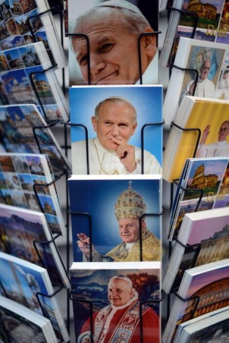 Este 27 de abril, los papas Juan Pablo II y Juan XXIII llegarán a los al...