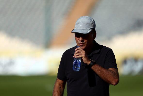 Carlos Queiroz. Director técnico. Fecha de nacimiento: 1 de marzo de 195...