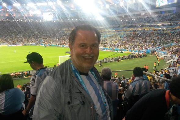 Desde luego, Raúl mostró su apoyo por el equipo latinoamericano.