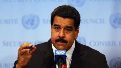 Maduro afirma que la supuesta incursión aérea de EEUU es u...