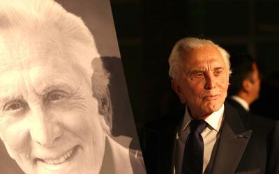 El legendario actor de Hollywood cumple hoy 100 años