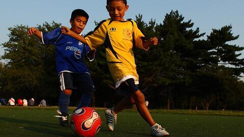 ¿A qué edad se recomienda que los niños comiencen a practicar un deporte?