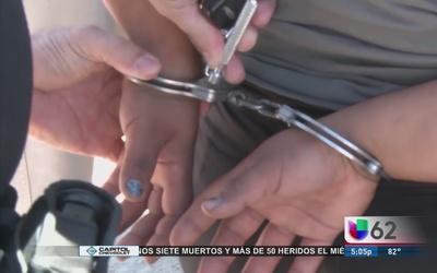 Niñas pasan más días en detención en Texas